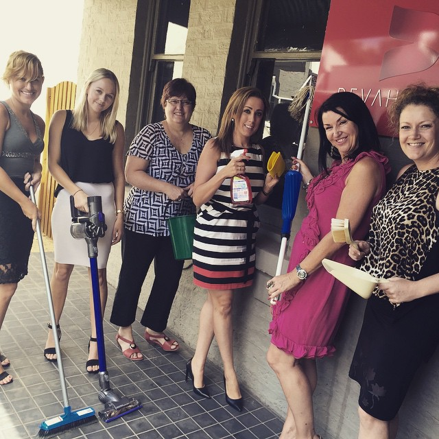 Today is Business Clean Up Day! Here at @devahasdin we like to promote a clean, healthy and sustainable environment. Are you participating this year? #PR #BusinessCleanUpDay #team